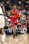 图文-[NBA]火箭72-69胜小牛麦蒂带球神色轻松