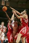图文-[NBA]火箭97-90尼克斯克劳福德不惧姚明