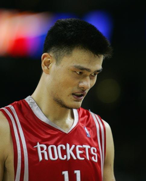 图文-[NBA]火箭107-109勇士姚明38分无奈失利