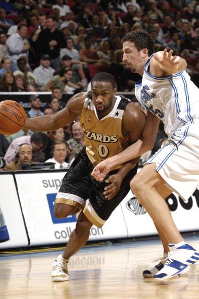 图文-[NBA]奇才114-93魔术阿里纳斯底线突破