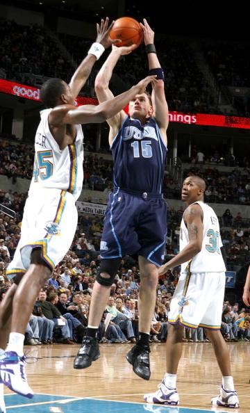 图文-[NBA]爵士83-94黄蜂哈普林强打巴特勒
