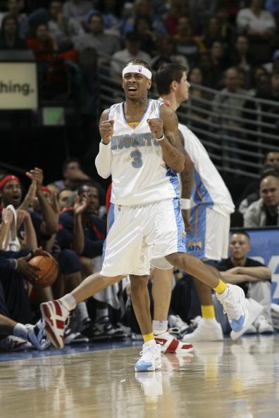 图文-[NBA]篮网112-102掘金艾弗森心急如焚