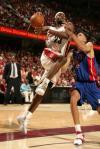 图文-[NBA季后赛]活塞82-88骑士皇帝突破王子