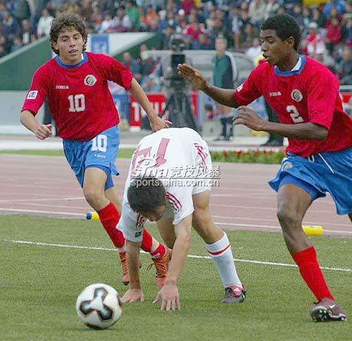 图文-[世少赛]中国1-1哥队杜龙泉遭遇哥队夹击