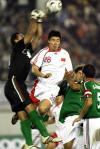 图文-[亚洲杯]中国2-0巴勒斯坦巴门将铁拳出击