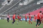 图文-国足积极备战第二场热身赛训练氛围融洽