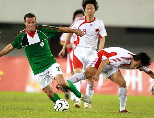 图文-[亚洲杯]国足2-0巴勒斯坦杜威找错了目标