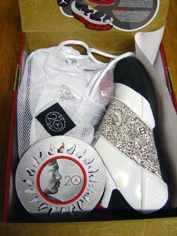 鞋狂网友AJXX首稿评测95.5高分赠予篮球上帝