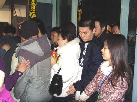 艺术展览引爆现场北京鞋迷蜂拥SneakerPimps