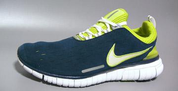 NikeFree5.0赤足飞行流线鞋身充斥fashion味道