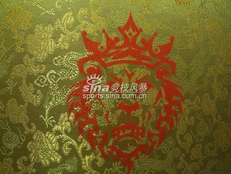 图文-全面赏析ZOOMLEBRONIII限量版中国红(17)