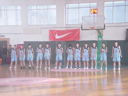 图文-NIKE高中篮球联赛天津赛区第三周整装待发