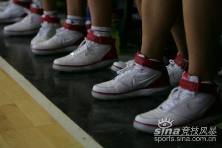 图文-NIKE中国高中篮球联赛北京全明星赛最爱AF25