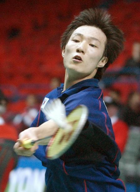 图文 全英羽毛球公开赛 韩国选手李铉一2 0胜李传成