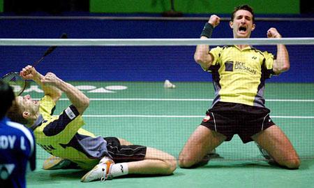 ...羽毛球公开赛结束半决赛争夺,瑞典男双组合埃里克森和伦德加...