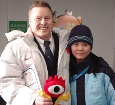 新浪VS中国女子冰球洋帅:夺冠是目标恶战在后头