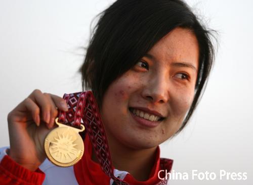 杜丽当选国际射联06世界最佳女枪手陈颖名列第二
