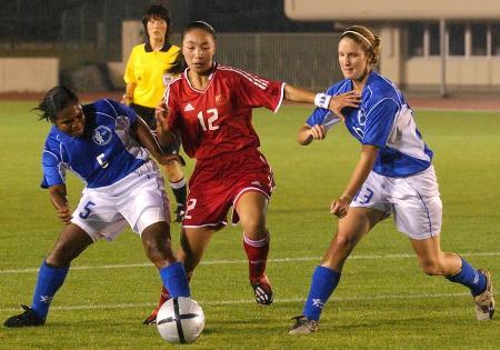4月20日    [奥运](8)足球——中国女足胜关岛    4月20日,中国女足