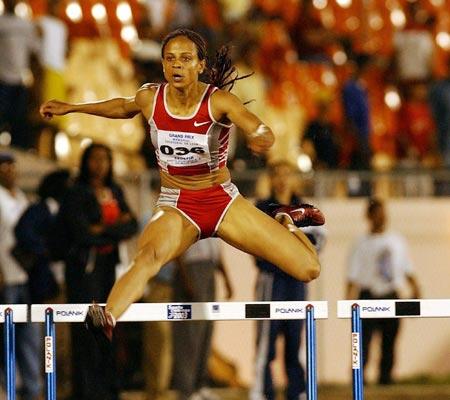 国际田联大奖赛 海耶斯女子400米栏轻松夺魁