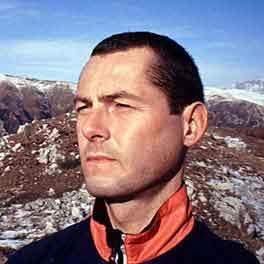 珠峰地区天气突变 最新消息登山者4人失踪4人死亡