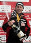 图文-美国男子高山滑雪世界杯冠军瑞奇开香槟庆祝