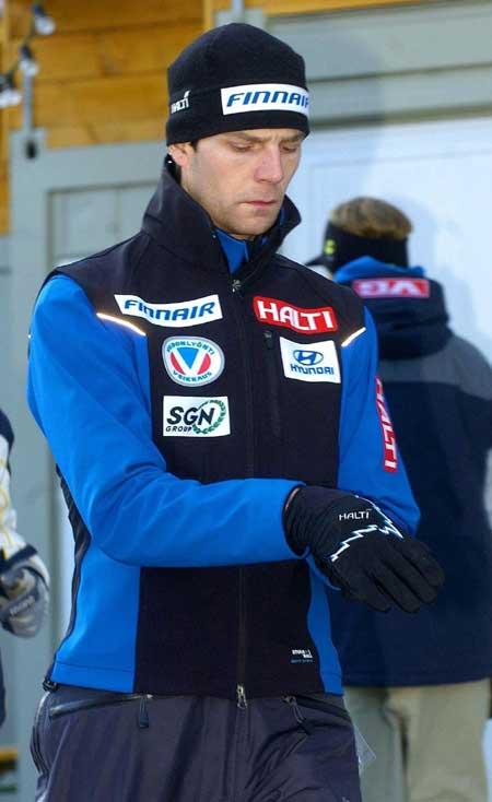 图文-四山滑雪系列赛第四站芬兰飞人阿霍宁