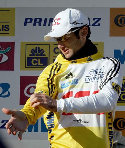 图文-巴黎-尼斯自行车赛尤里奇保留黄色领骑衫