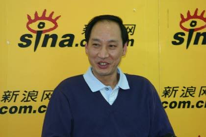图文-刘翔教练孙海平作客新浪回味当年颇有感慨