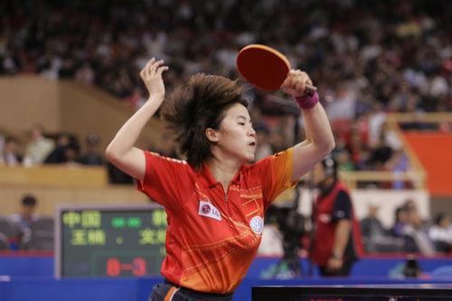 图文-世乒赛女单第三轮激战王楠有些招架不住