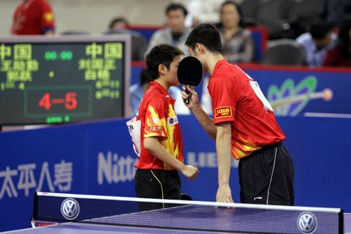 图文-第48届世乒赛混双决赛口型不能被对手看到