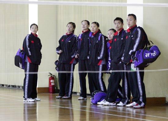 图文-苏迪曼杯羽毛球赛首日赛况轻松中国队