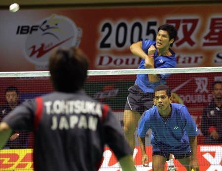 图文-苏迪曼杯第三日激战新加坡男双奋力反击