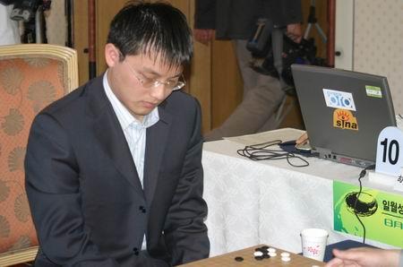 图文-中韩围棋对抗赛第四轮中方失利胡耀宇再败