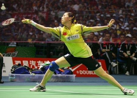 图文-苏杯半决赛中国混双先胜高��跨步回球