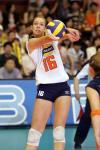 图文-中国女排克荷兰总决赛首胜斯塔姆垫球小心翼翼
