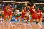 图文-女排大奖赛总决赛中国胜巴西疯狂庆祝两连胜