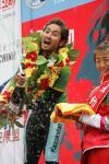 图文-环青海湖第五赛段结束开启香槟庆胜利