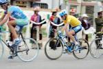 图文-2005环湖自行车赛落幕黄衫王采取跟随战术