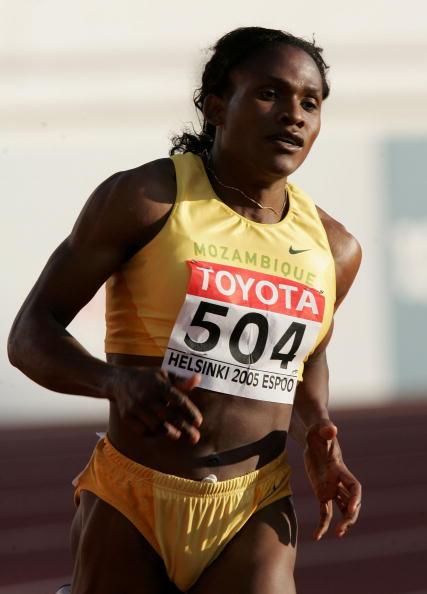 图文-田径世锦赛女子800米半决赛穆托拉显露疲态