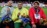 图文-世锦赛男子铁饼阿莱克纳卫冕冠亚季军颁奖