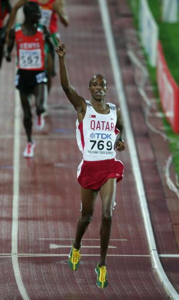 图文-男子3千米障碍赛决赛沙辛冲过终点瞬间