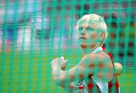 图文-田径世锦赛女子链球库岑科娃小组第一晋级