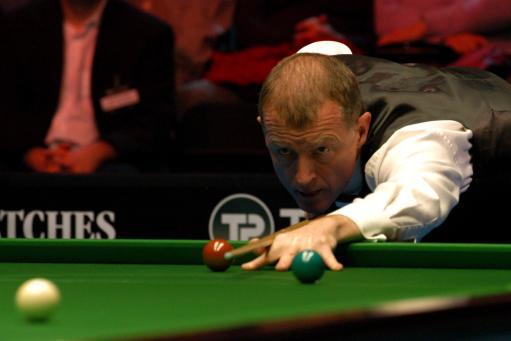 图文-斯诺克英锦赛两传奇对决关键一击垫定胜局