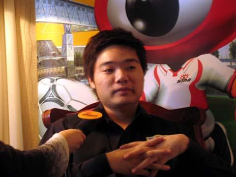 图文-新浪专访丁俊晖台球神童回想辉煌之路