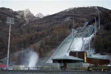 图文-都灵冬奥塞斯特雷滑雪场陡峭坡度高难挑战
