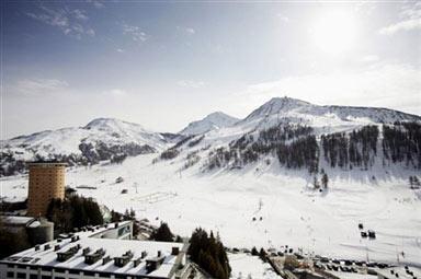 图文-都灵冬奥塞斯特雷滑雪场白雪皑皑