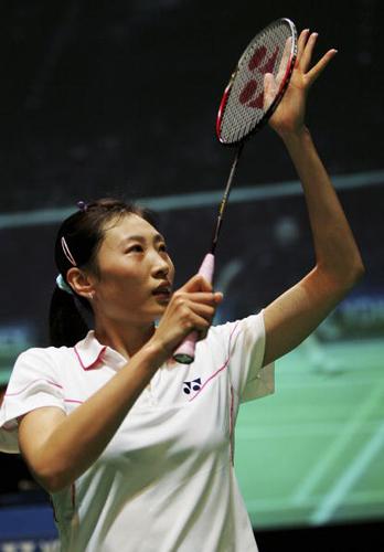 图文-全英羽毛球女单半决赛张宁过五官斩六将