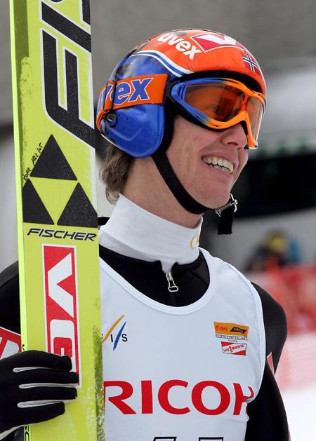 图文-世界杯跳台滑雪日本站里约克索亚终成正果