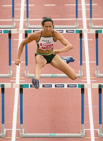 图文-澳大利亚田径锦标赛凯莉-惠勒百米栏夺冠