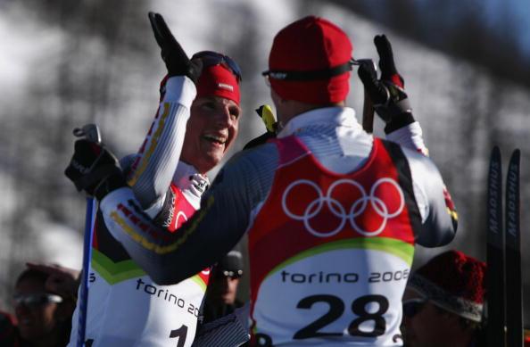 北欧两项个人赛海蒂奇摘金海蒂奇接受祝贺